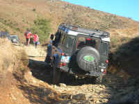 GoingHardLandRover-05.jpg (164015 byte)