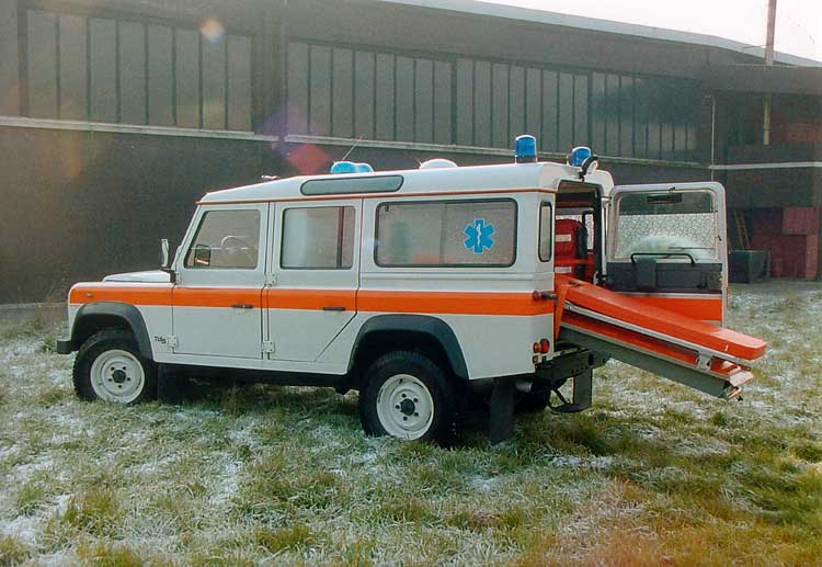 Defender 110 Italian Ambulance